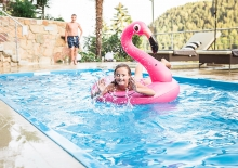 schwimmbad-voellan-lana18