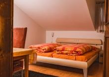 schlafzimmer-ferienwohnung-voellan