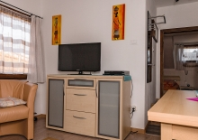 wohnzimmer-ferienwohnung-lana3