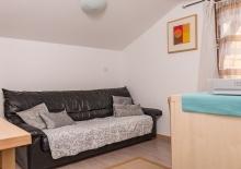 wohnzimmer-ferienwohnung-lana5