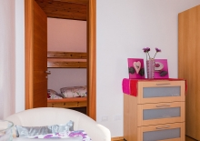 schlafzimmer-ferienwohnung-meran