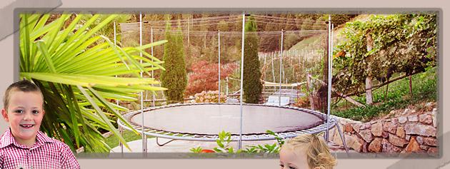 Entspannen Sie im Schwimmbad im Gruberhof in Voellan