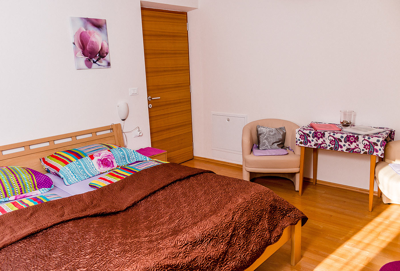 gruberhof wohnen meran suedtirol gruberhof archiv wohnen meran suedtirol gruberhof. Black Bedroom Furniture Sets. Home Design Ideas