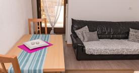 wohnzimmer-ferienwohnung-lana4